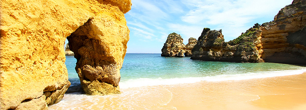 Prachtig strand in de Algarve, Portugal