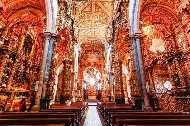 https://www.portugal-vakantie.info/images/porto/gouden-kerken-interieur-igreja-de-sao-fransisco-dst.jpg